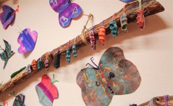 Målade fjärilar. Foto